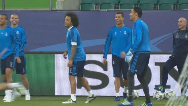 preview image for Königliche im Wolfsrevier: VfL empfängt Real Madrid